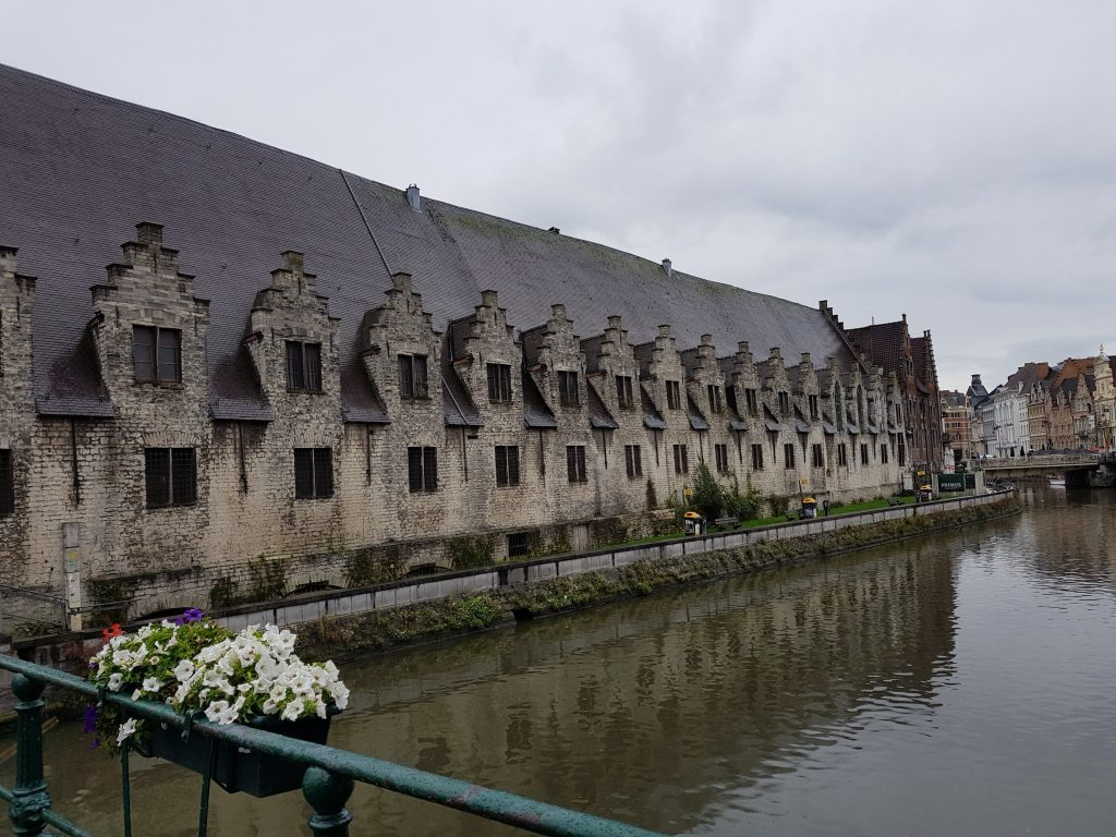 Groentenmarkt – Great Butchers' Hall, Gante Bélgica